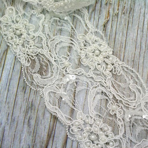 Beaded Ivory Lace Roll for Invitations