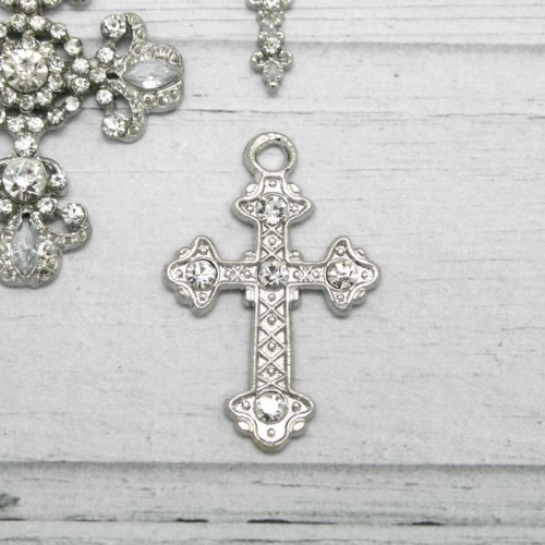 Diamante and Metal Cross with Hooks for Invitations