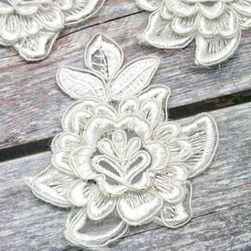 Flower with Leaves Ivory Lace Piece for Invitations