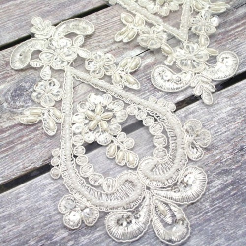 Ivory Bell Beaded Lace Piece for Invitations