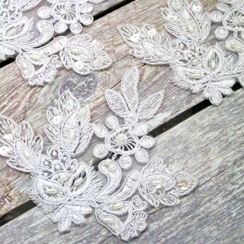 Leaves White Lace Piece for Invitations