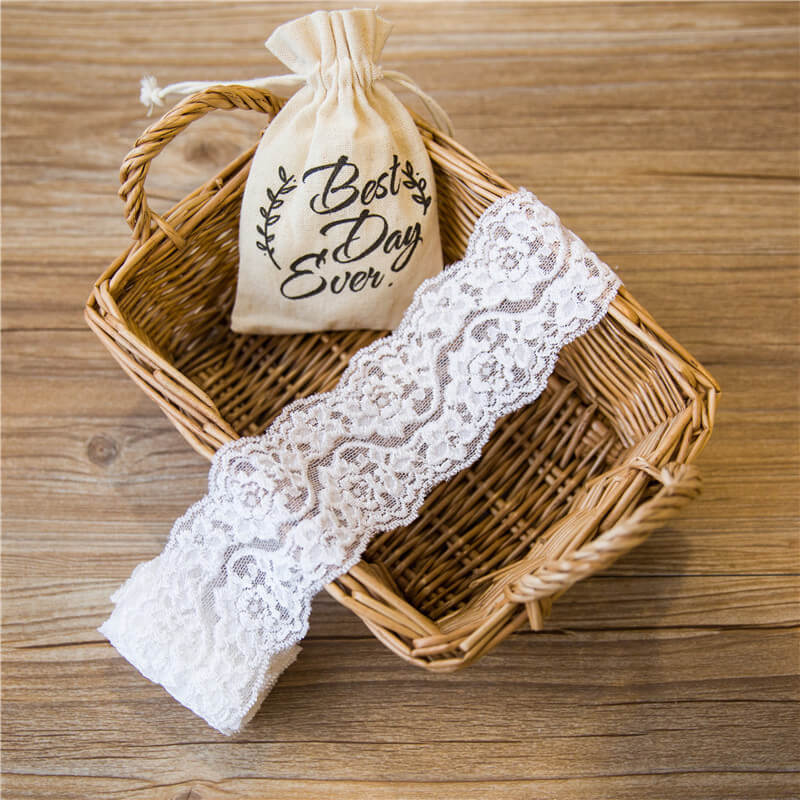 LACFEA22 Embrioded floral white lace