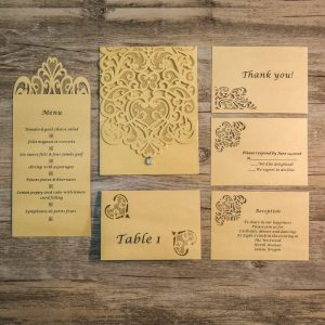 SET3 Lasercut invitation set brown