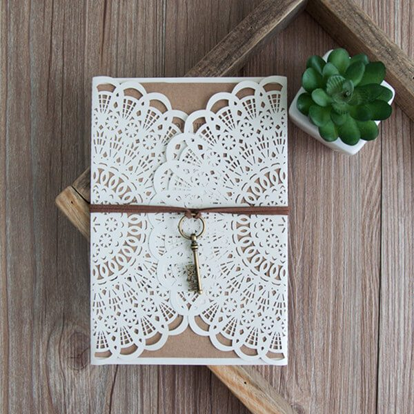 LASINV35 Rustic lasercut invitation